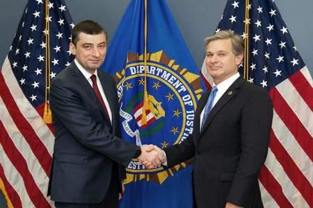 وزیر امور داخلی گرجستان و رئیس اف بی آی با یکدیگر ملاقات کردند