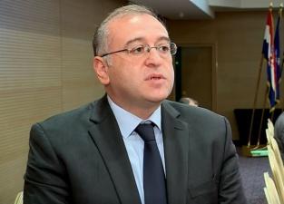رئیس بانک ملی گرجستان: اعتبارات نباید بدون تایید درآمد متقاضیان اعطا شود