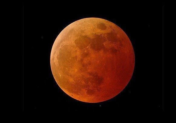 رخ دادن طولانی ترین ماه گرفتگی قرن