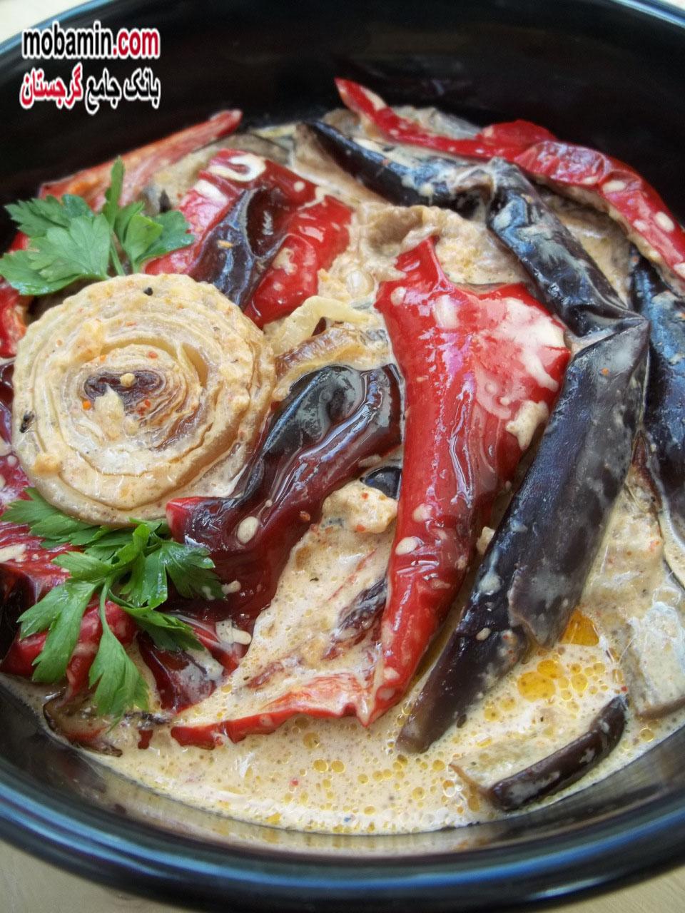 طرز تهیه ی غذایی با سبزیجات و سس مایونز از غذا های گرجستان