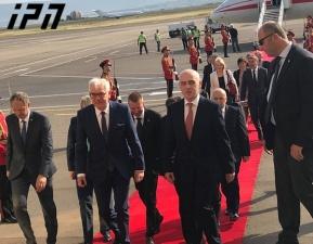 ورود مقامات عالی رتبه به تفلیس به مناسبت سالگرد جنگ روسیه و گرجستان