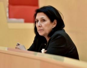سالومه زوراباشویلی خود را به عنوان نامزد ریاست جمهوری گرجستان معرفی کرد